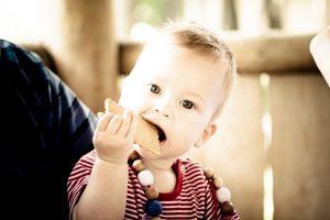 Diversificarea alimentației sugarului - principiile OMS