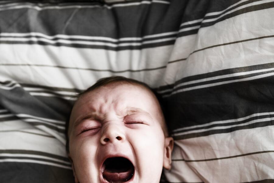 Pavorul nocturn la copii. Ce este pavor nocturn? Cum îi facem față?