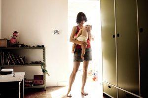 Bebelușii nu au nevoie de dresaj, însă mamele au nevoie de ajutor