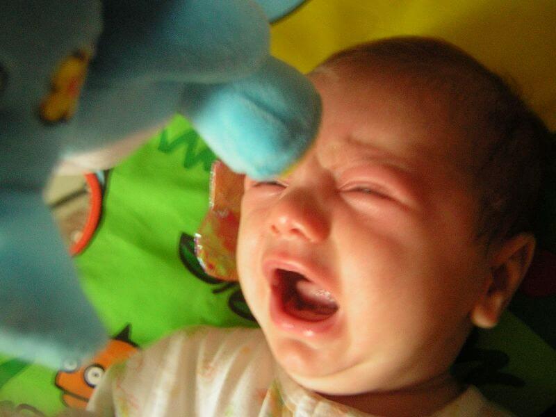 Despre trainingul de somn sau cum să (nu) adormi un bebeluș