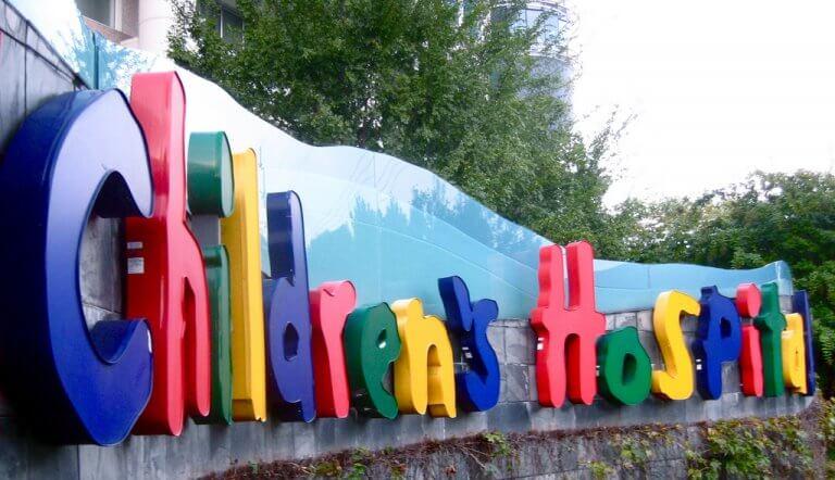 Cum e să fii internat cu copilul într-un spital din Belgia?